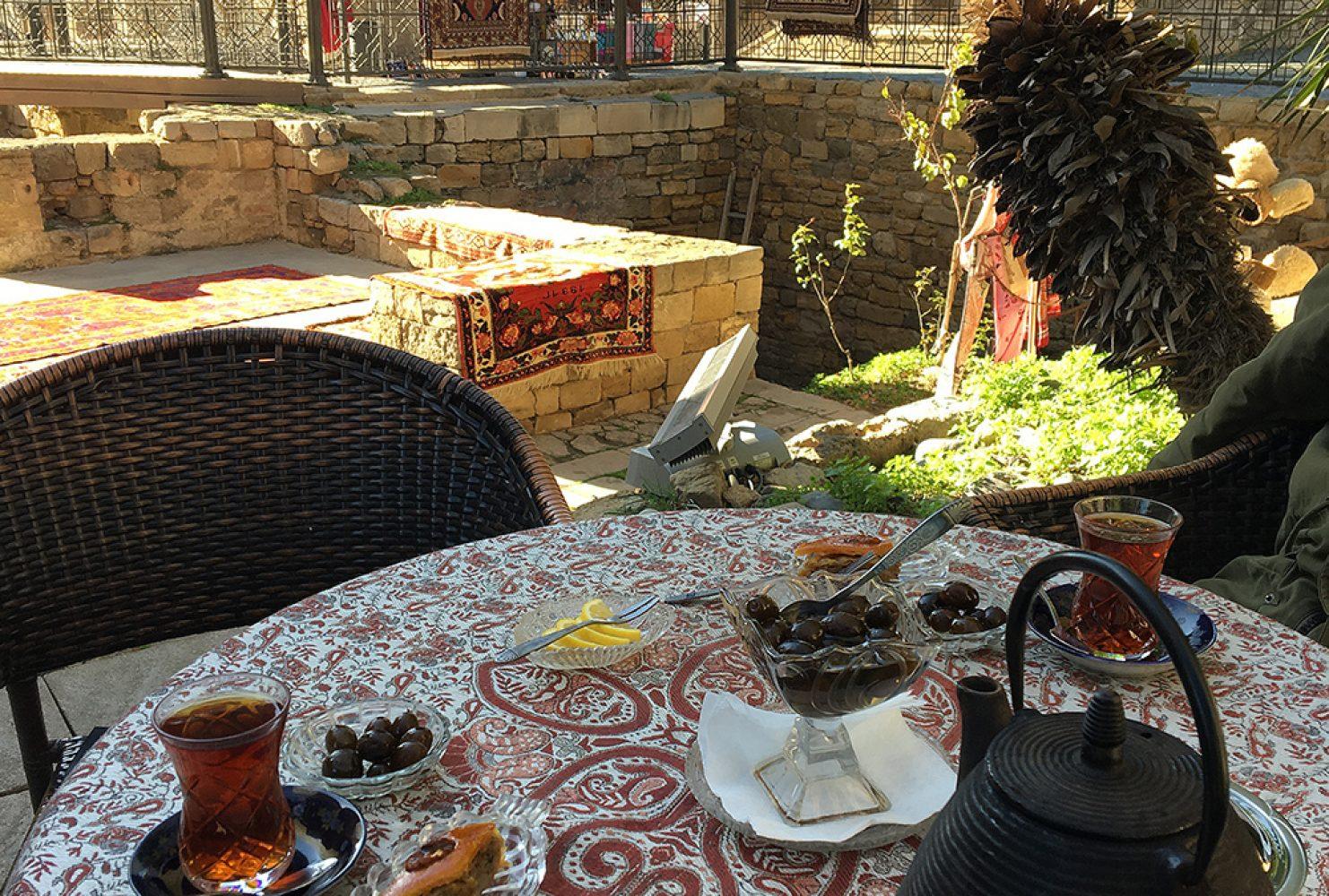 Qiz Qalasi — чайная церемония в Баку